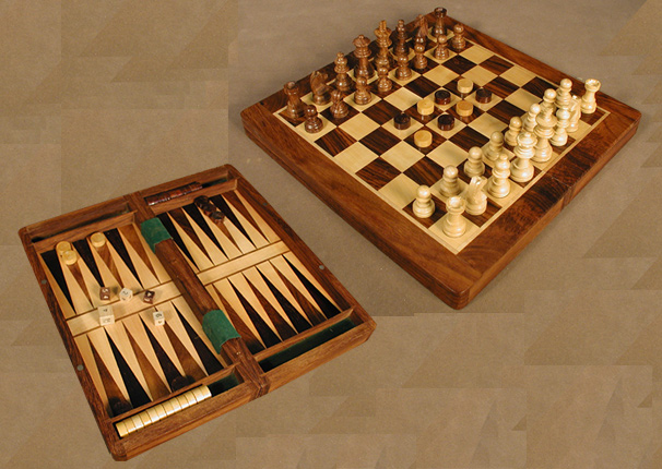 Three In One Combination Set – Backgammon, Chess ,& Checkers.