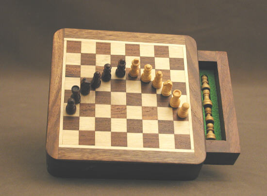 Mini Magnetic Chess Set With Storage Compartment