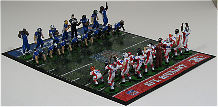 National Football League Chess Set