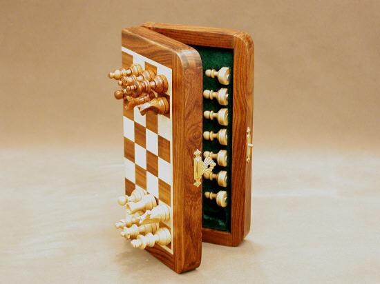 Portable Folding Sheesham Magnetic Wood Chess Set