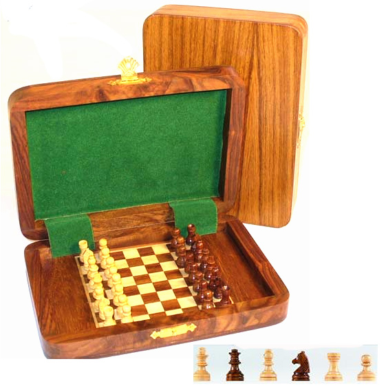 Travel Chess Set With Magnetic Wood Chess Pieces
