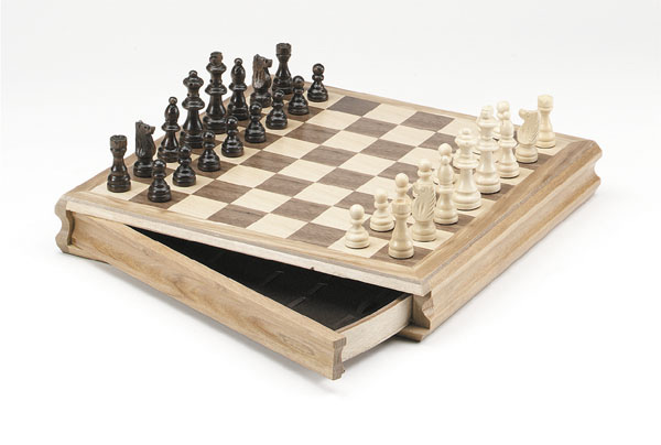 Deluxe Oak Sector Drawer Magnetic Chess Set