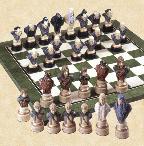 Hanpainted Polyresin Lord of The Rings Chessmen Set